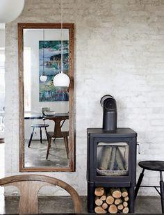Entre deux articles sur Formex, je voulais juste vous montrer cette sublime maison danoise sur laquelle je suis tombée tout à l'heure. Simpl...