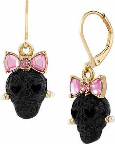 Betsey Johnson Bow Lace Skull Drop Earrings awwwwwww how cute is this! Skull Earrings, Skull Jewelry, Cute Jewelry, Jewelry Accessories, Drop Earrings, Jewelry Box, Lace Skull, Skull Fashion, Women's Fashion