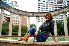 Senior photography graduation pictures.  Fling photography