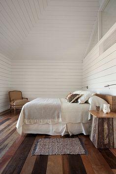 white / wood