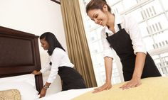 6 Cleaning Tricks From Hotel Housekeeping That We Should All Borrow