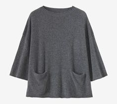 Easy, boxy pullover in a cosy, featherweight, soft and lofty cashmere/wool. Ribbed boat-ish neck. Dropped shoulders. Wide, square-cut, three-quarter length sleeves.  Rolled edges. Ribbed hem. Two integral pockets.