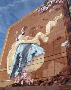 Painting on a building in Shreveport, Louisiana...I absolutely love this painting! Saw it in person, fell in love, and thought I might share it :)