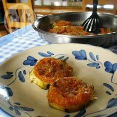 Foto della ricetta: Medaglioni di melanzane e pomodori gratinati