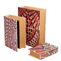 Multi-Colour Storage Boxes set of 3 Cool Christmas idea for storage for teenagers and mums  https://www.everythingbutflowers.com.au/christmas/women/multi-colour-storage-boxes