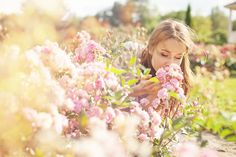 Springtime is beautiful, but it can cause havoc on your allergies! Find out the best herbs for relief and stop the sneezing in its tracks! Herbs For Allergies, Seasonal Allergies, Bucket List 100, Childhood Asthma, Allergic Rhinitis, Itchy Eyes, Allergy Relief, How To Get Thick, Finding Yourself