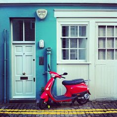 Down the Mews And I love the scooter too! Travel Illustration, Favorite Things, Traveling, Doors, Illustrations, My Love, Photography, Viajes, Photograph