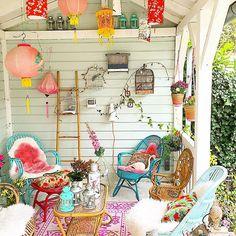 Beautiful weather. I sit in my veranda and enjoy being home. . (Gisteren bij Ikea spullen gehaald voor de kamer/verjaardag van mijn zoon. Tja, en toen zag ik deze roze wolletjes  die moesten natuurlijk ook mee, ook blij met mijn lantaarntjes boven in de nok. De wintersfeer begint al een beetje te komen! ) #myhome #mygarden #porch #veranda #vintage #fall #pink #garden #winterporch