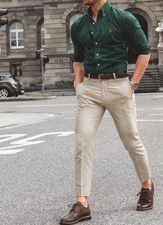 Super dress tight casual street styles 33 ideas is part of Hipster mens fashion - Formal Dresses For Men, Formal Men Outfit, Casual Outfit For Men, Formal Wear For Men, Formal Shirts For Men, Dress Casual, Casual Wear, Latest Mens Fashion, Mens Fashion Suits
