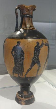 :Louvre-Lens - Le Temps à l'œuvre - Amphore panathénaïque : Athéna combattante ; deux lutteurs et un arbitre