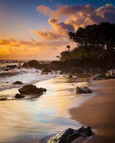 Hana coast Hawaii. What's your favourite beach? Let me know in the comments below #travel #adventure #adventurescape #hana #hawaii #usa #roadtrip #beach #vacation #beautiful #live #laugh #love #sunset by adventurescape