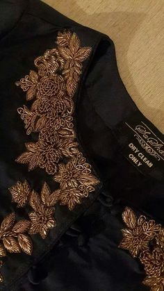 Intricate Dabka work on shamoz silk kurti.....a perfect outfit for a lovely evening out with your other half.