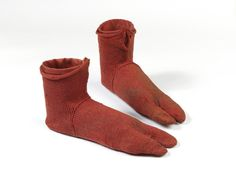 Pair of wool socks Egypt 250-420 AD [768 x 575]