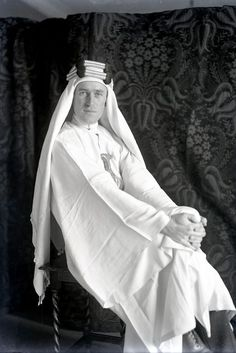 "The ""Real"" Lawrence of Arabia - T.E. Lawrence poses for Lowell Thomas in England."