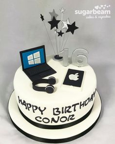 Discover recipes, home ideas, style inspiration and other ideas to try. Boys 18th Birthday Cake, Birthday Cake For Him, Cake Decorating Supplies, Cake Decorating Tutorials, Computer Cake, Playstation Cake, Iphone Cake, Brithday Cake, Dad Cake