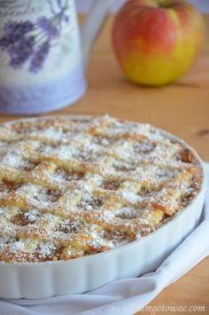 Tarta z jabłkami Polish Desserts, Polish Recipes, Apple Cake Recipes, Pear Recipes, Pumpkin Cheesecake, Food Cakes, Delicious Desserts, Food Porn, Good Food