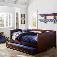 chesterfield knightsbridge beds and trundle inspire artisan by less design day q size full tufted overstock nailhead home subcat for garden daybed bed