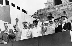 Lenin's Mausoleum has become a platform for heads of state. In the front row from right to left: Mikhail Kalinin, Josef Stalin, Kliment Voroshilov and Vyacheslav Molotov, Maxim Gorky on the podium of the Mausoleum of Lenin greeted the parade of athletes at the Red Square.