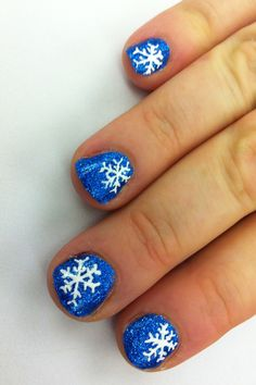 Snow Flake Nail Art What is wrong with this picture?