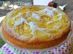 Torta con pesche e crema pasticcera ricetta senza burro e olio