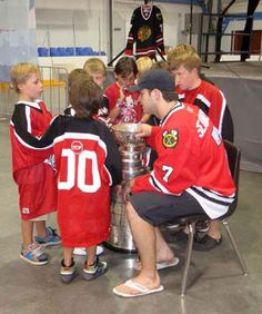 not neccesarily Brent Seabrook being the immensely crushable guy but hockey players with kids never fails to make me smile :)