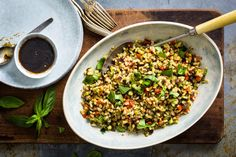 Try Pearl barley salad with roasted vegetables by FOOBY now. Or discover other delicious recipes from our category main dish. Roasted Vegetable Recipes, Roasted Vegetables, Cooking With Kids, Cooking Time, Pearl Barley Salad, Food Trends, Food Print, New Recipes, Main Dishes