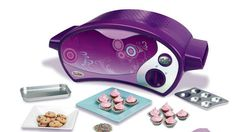 Gender Neutral Easy Bake oven! It's about time right!? http://renegadechicks.com/hasbro-unveils-new-gender-neutral-easy-bake-oven/