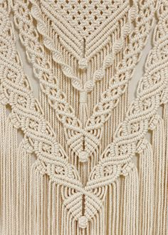 Driftwood Macrame, Macrame Art, Macrame Projects, Macrame Knots, Macrame Wall Hanging Patterns, Large Macrame Wall Hanging, Macrame Plant Hangers, Macrame Patterns, Diy Hanging