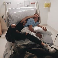 💙 💚 cute relationship goals, bff goals, couple relationship, family goals, be Boyfriend Goals Relationships, Boyfriend Goals Teenagers, Relationship Goals Pictures, Couple Relationship, Relationship Questions, Best Friend Pictures, Bff Pictures, Friend Photos, Cute Couple Pictures