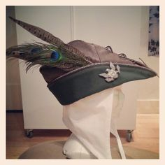 Robin Hood medieval style hat and coif, made by Angela Mombers