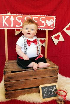 Baby first valentines day photos boys kissing booth 28 ideas Cute Valentines Day Outfits, Valentines Day Baby, Valentines Day Pictures, Valentine Pics, Baby Boy Photos, Newborn Photos, Baby Pictures, Valentine Mini Session, Valentine Picture