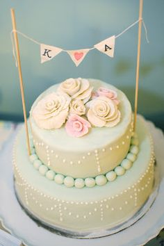 "bridal shower cake and pennant from ""accessorize your life! Wedding Shower Cakes, Wedding Cakes, Rustic Cake, Wedding Trends, Wedding Ideas, Wedding Stuff, Vintage Bridal, Pretty Cakes, Cake Designs"