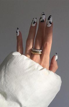 Stylish Nail Trends To Try in 2019 - The Trend Stylish Nail Trends To Try in 2019 - The Trend Spotter 20 Stylish Nail Trends To Try in 2019 - The Trend Spotter Nails Sparkly Nails, Metallic Nails, Cute Acrylic Nails, Pastel Nails, White Nails, Cute Gel Nails, White Nail Art, Cow Nails, Pearl Nails