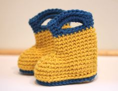 Spring is only 4 days away! And here in the Pacific Northwest, Spring usually brings a lot of rain showers. So get your rain boots on, we are going puddle jumping! Ok, we won't be jumping in any puddles with these crocheted rain boots, but they are a cute accessory for your pre-walker. ' I've …