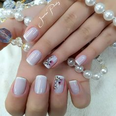 Elegant Nail Designs You can collect images you discovered organize them, add your own ideas to your collections and share with other people. Elegant Nail Designs, Nail Art Designs, Cute Nails, Pretty Nails, Summer Toe Nails, Pearl Nails, Pedicure Nail Art, Bridal Nails, Artificial Nails