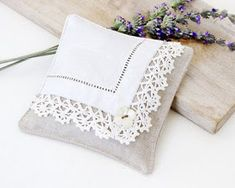 Linen & Vintage Hankie Sachet via Etsy Sewing Pillows, Diy Pillows, Decorative Pillows, Throw Pillows, Lavender Bags, Lavender Sachets, Lavender Pillow, Fabric Crafts, Sewing Crafts