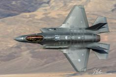 Military Jets, Military Weapons, Military Aircraft, F35 Lightning, Freaking Awesome, Air Show, Aircraft Carrier, Spacecraft, Armed Forces