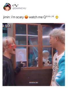 Bts Bangtan Boy, Bts Taehyung, Bts Boys, Bts Memes Hilarious, Bts Funny Videos, Bts Video, Foto E Video, J Hope Tumblr, Mini E