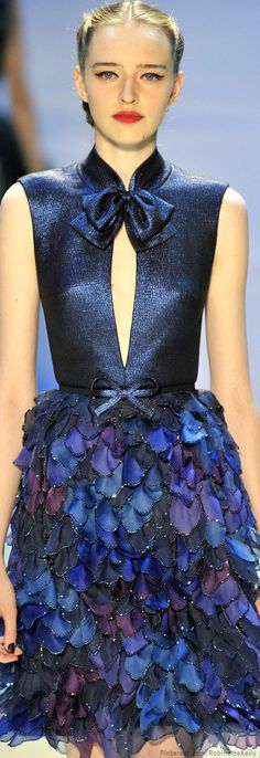Georges Hobeika Haute Couture F/W ~ A Beautiful Cocktail or Event Dress ~ Understated Sultry Sexiness ~ Blue Fashion, Look Fashion, Fashion Details, Fashion Show, High Fashion, Fashion Design, Fashion Art, Net Fashion, Georges Hobeika