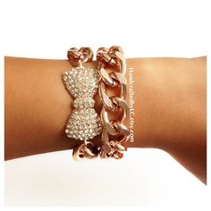 Like this bow bracelet
