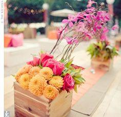 Cagette centre de table mariage idée                                                                                                                                                     Plus