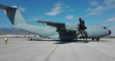 El A400M del Ejercito del Aire realiza una misión de transporte en Canarias-noticia defensa.com