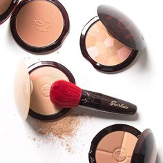 Two is always better than one! Guerlain's new Terracotta Joli Teint Powder Duo adds a touch of color to its bronzer powder for a bright flush.