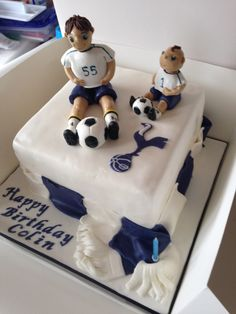 Tottenham Hotspur cake with players, logo and scarf!