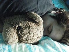 Nap time for Rob! {looks like Edward hair to me}