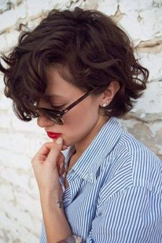 Short Wavy Bob With Long Bangs