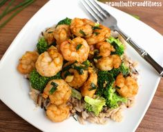 PEANUT BUTTER AND FITNESS: Spicy Garlic Shrimp with Broccoli and Rice