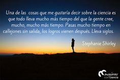 Stephanie Shirley @mujerconciencia