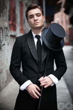 Ed westwick. The artist in me says omg this pic is awesome and the woman in me says omg this man is sexy!!!! LOL they are both correct.