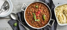 Linssibolognese   Pääruoat   Reseptit – K-Ruoka My Favorite Food, Favorite Recipes, Lentil Bolognese, Vegan Recipes, Cooking Recipes, Vegan Food, Food Food, Yams, Dinner Tonight